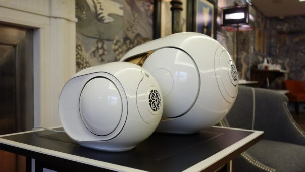 Loa Bluetooth Devialet Phantom Gold